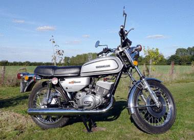 1976 SUZUKI GT250A