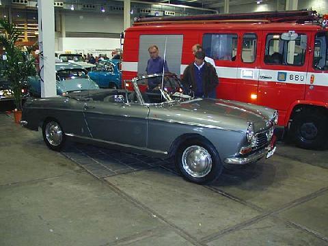 Peugeot 404 Cabrio 1968 Side