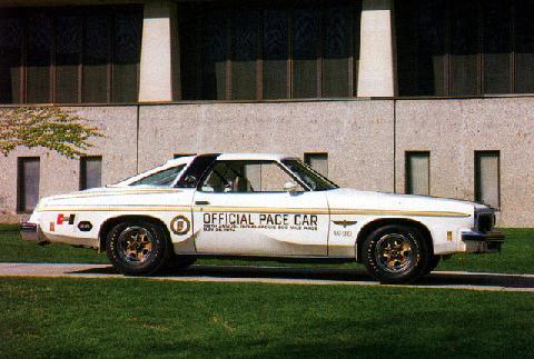 Hurst Oldsmobile Cutlass 442 Indy 500 Pc (1974)