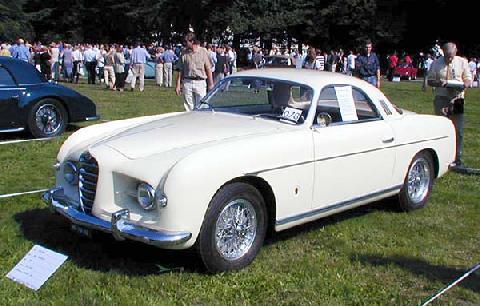 Alfa Romeo 1900 Supergioiello Coupe Ghia 1953 Front three-quarter view